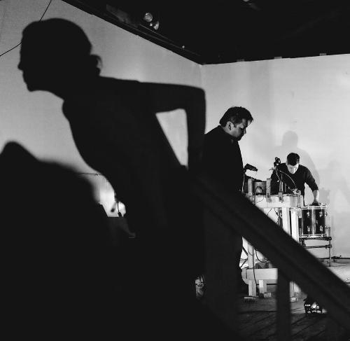 NO IDEA FESTIVAL 2017, DANCE performance with Robin Williams     Musicians:Fernando Vigueras, Lequan Ninh, Ramon del Buey