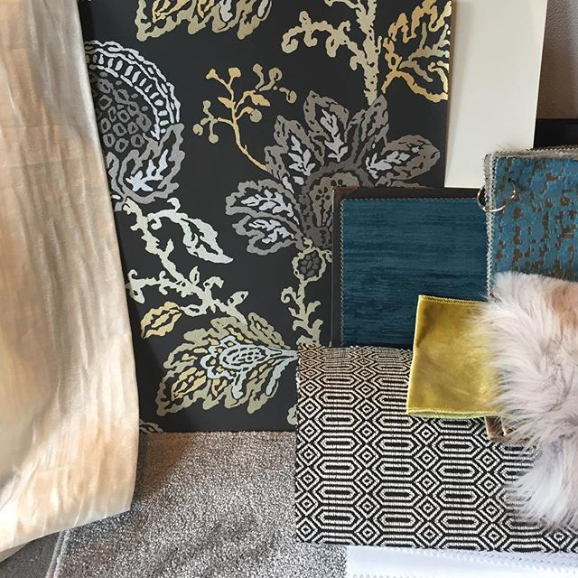 Another great on trend living room scheme!