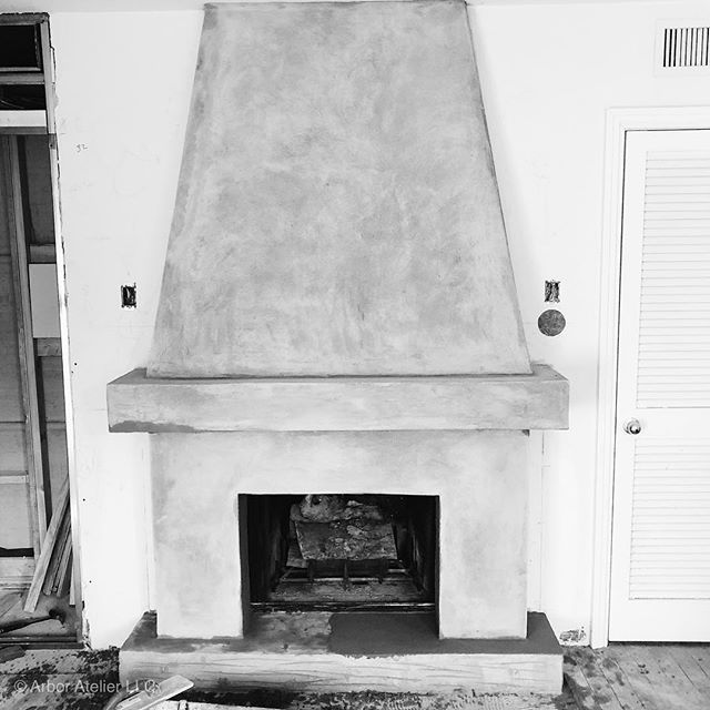 Custom stucco fireplace detail underway! #dc #dcrealestate #dcdesigner #coloradosprings #colorado #denver #interiordesign #coloradospringsdesigner #fireplace #customfireplace #designbuild