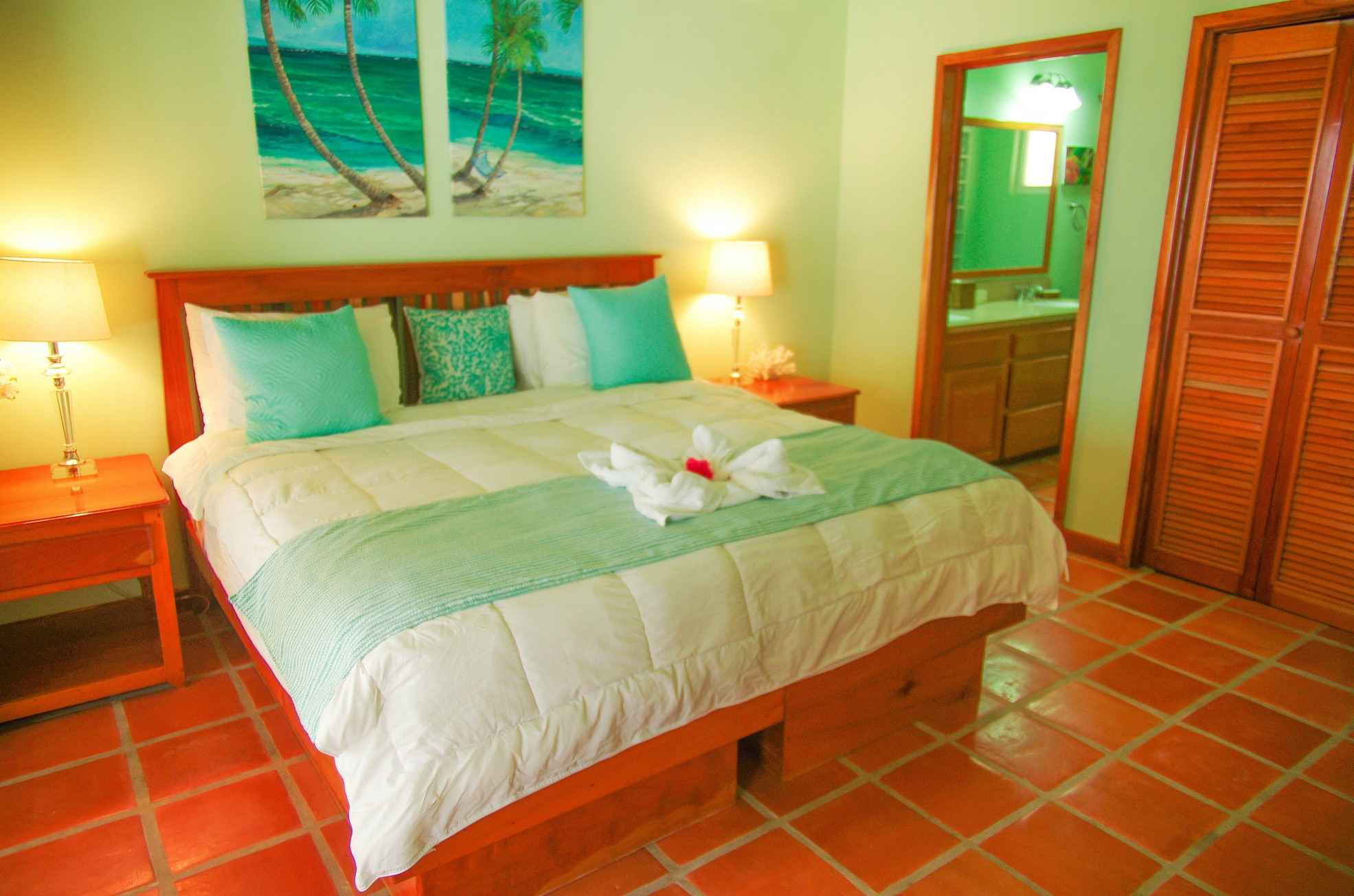 Sapphire Beach Belize Resort 03.jpg