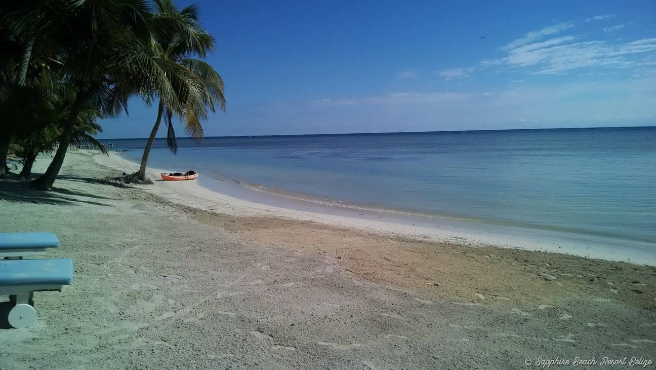 Sapphire Resort Beach 07.jpg