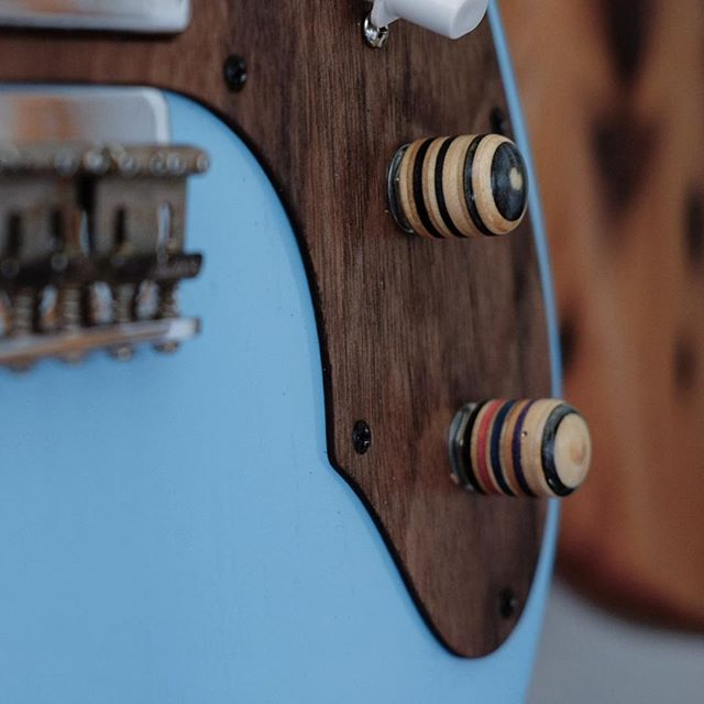 It's all in the details. Recycled skateboard guitar knobs on the Tele refurb