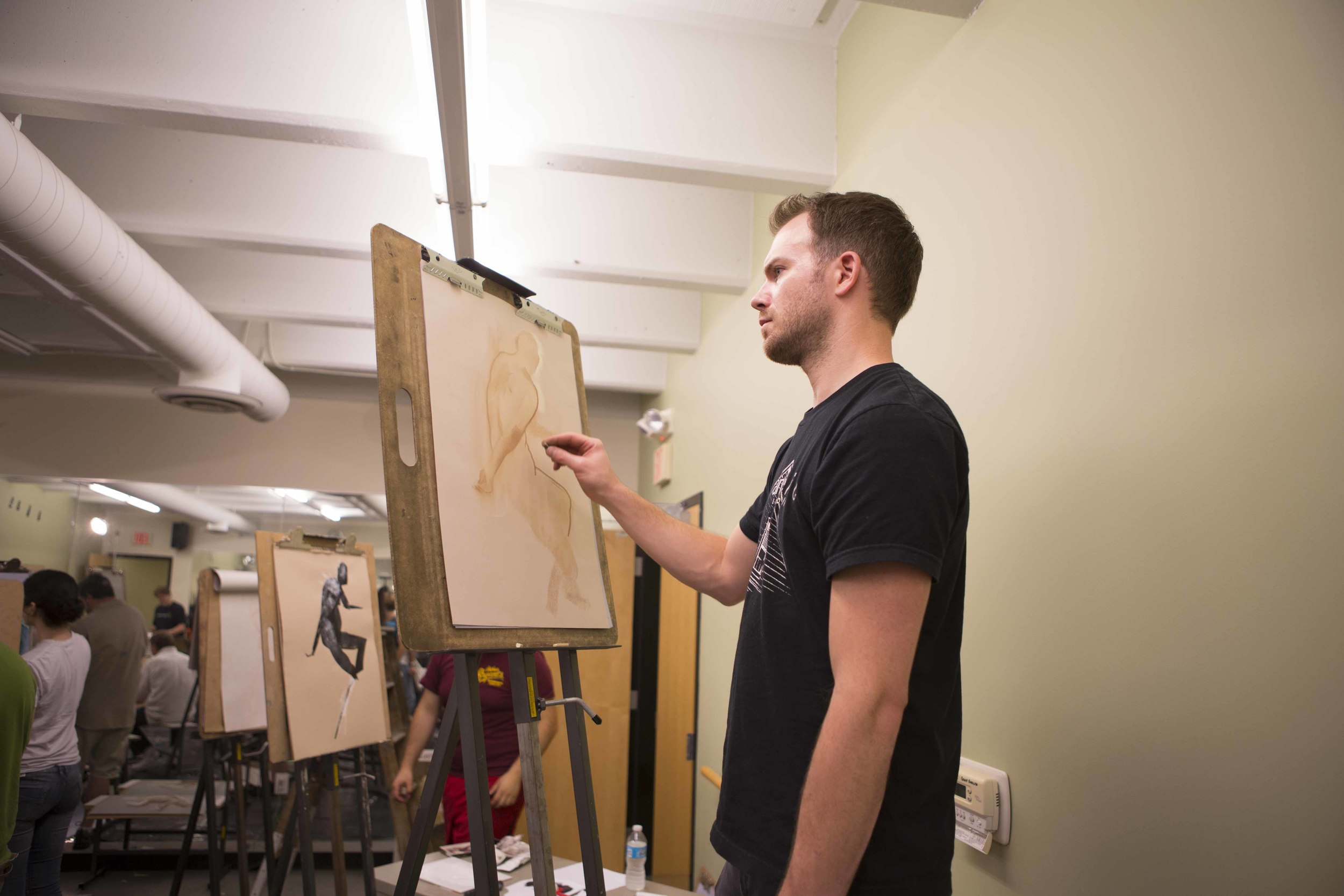 Ted attending figure drawing night at the Illustration Academy.