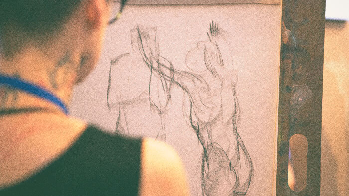 Life Drawing - Life drawing with a nude model is hosted three times per workshop. This is an opportunity to practice form, shape, and light. During these sessions, students also observe Academy instructors, masters of great drawing.