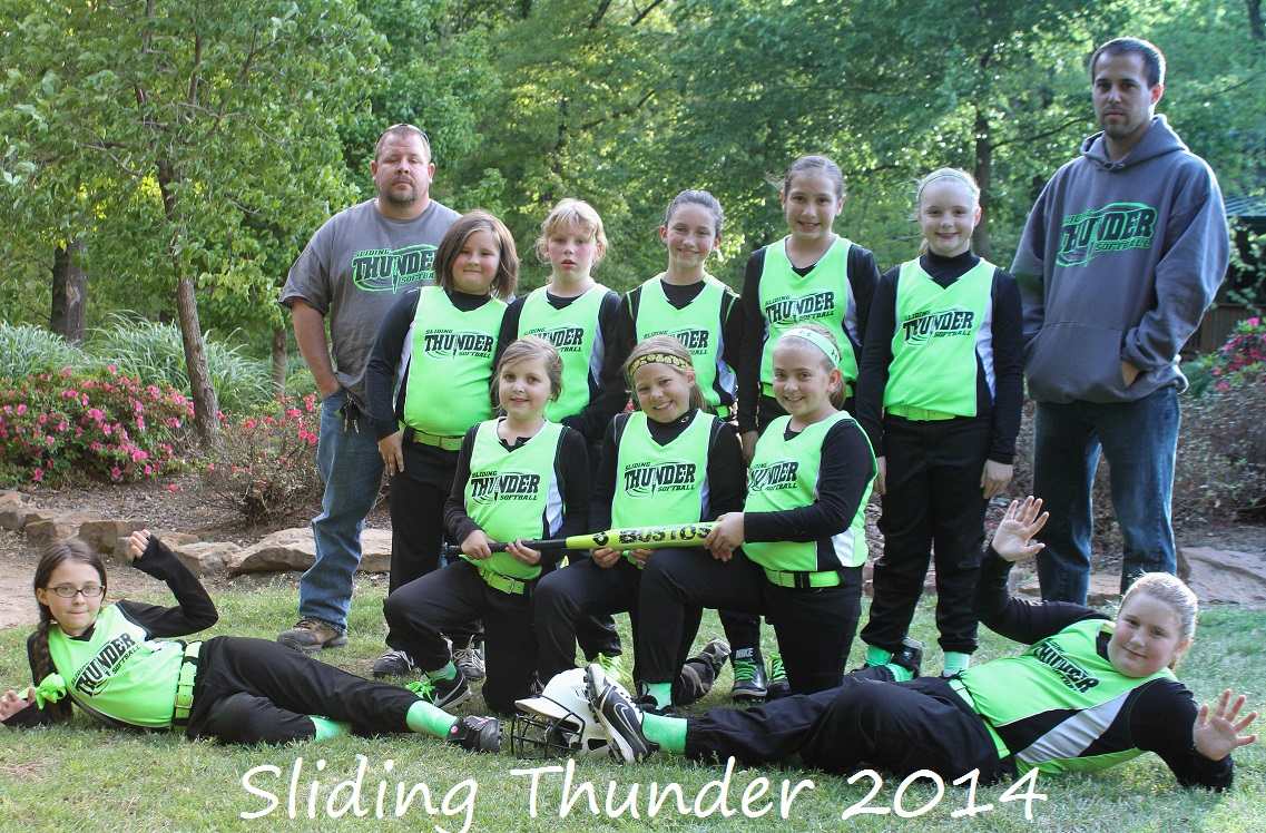 2014 10U Sliding Thunder.jpg