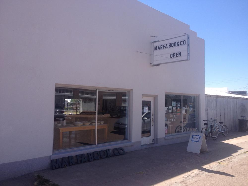 17-bookstore.jpeg