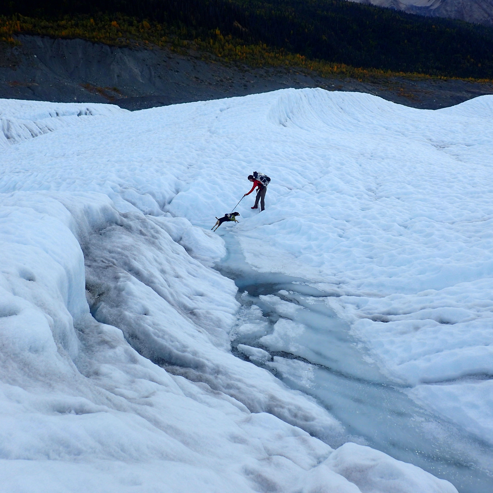 Eisen Snow crosses the Root Glacier