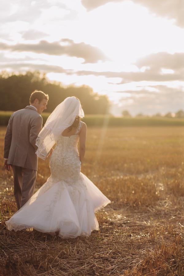 Ontario-wedding-photographer-13.jpg