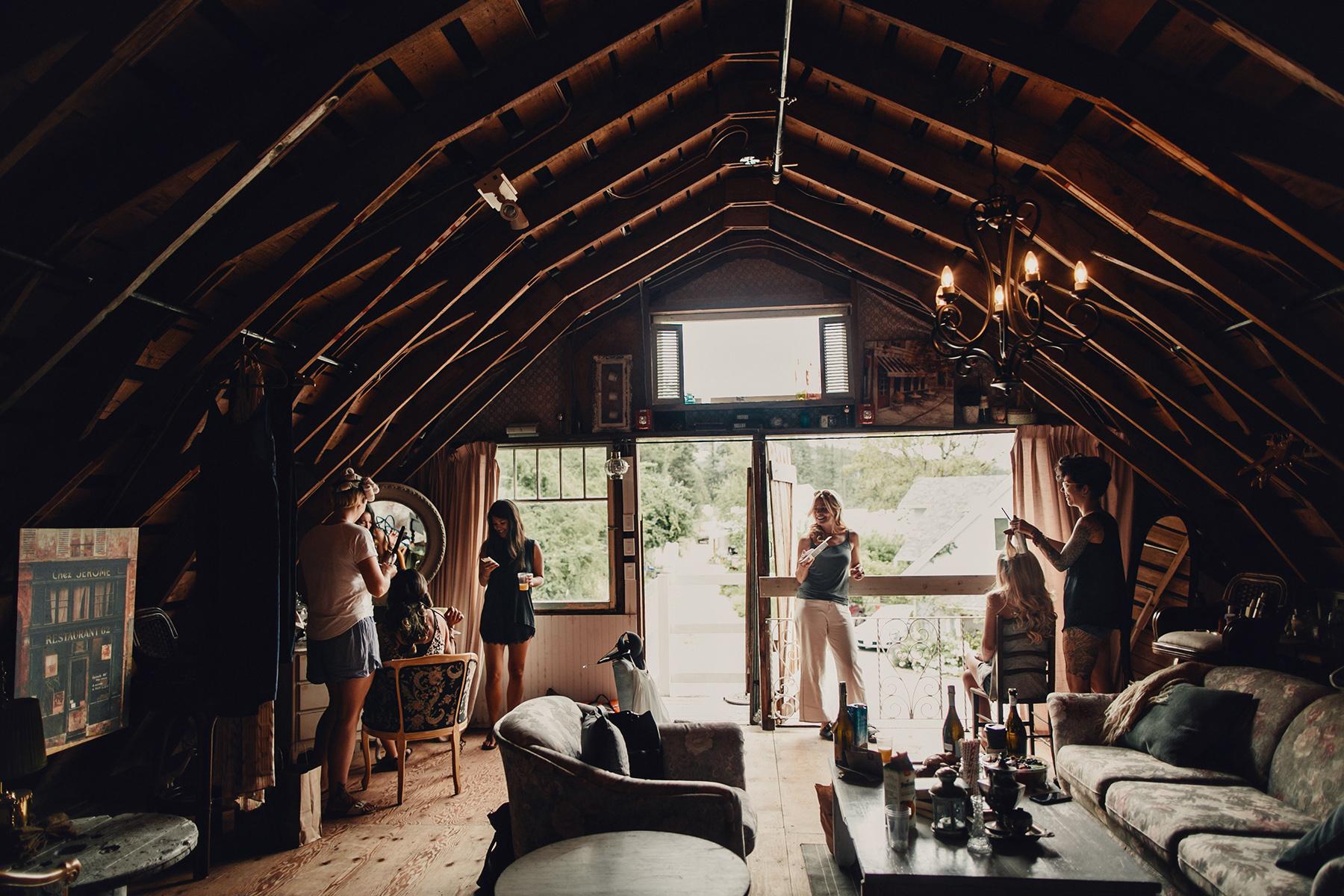 wedding photographer taylor roades on Vancouver island