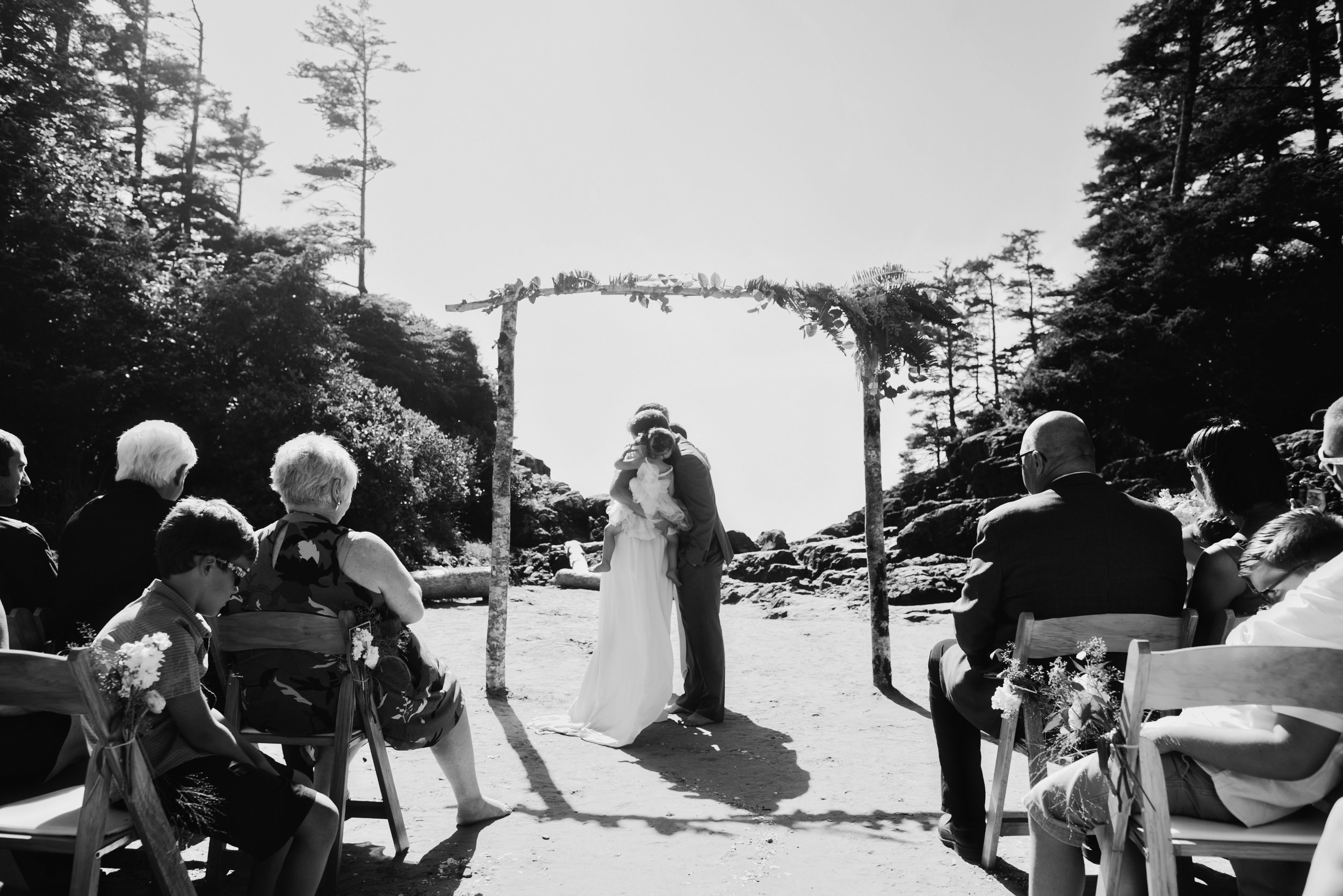 tofino-wedding-photographer-0022.jpg