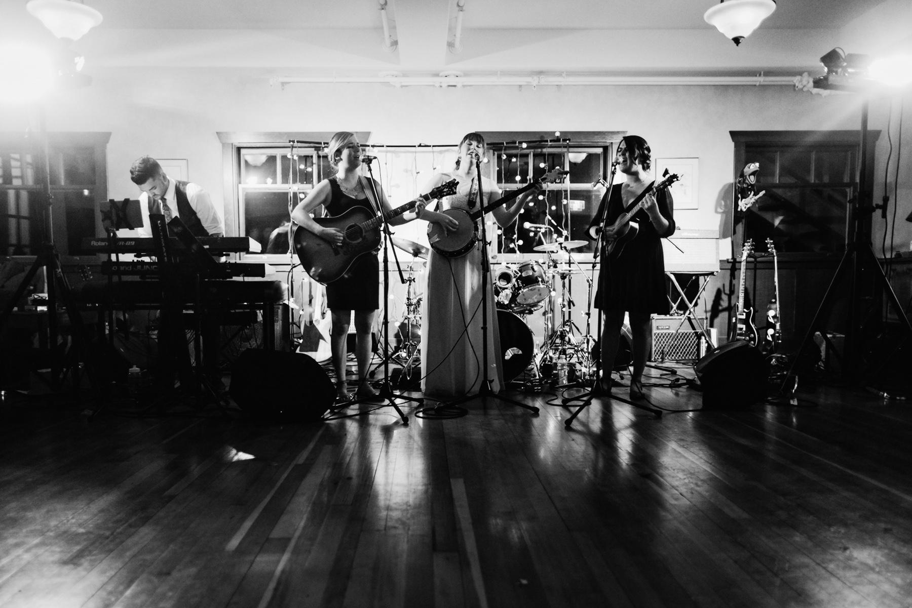 chelsea-brian-wedding-photos-0041.jpg
