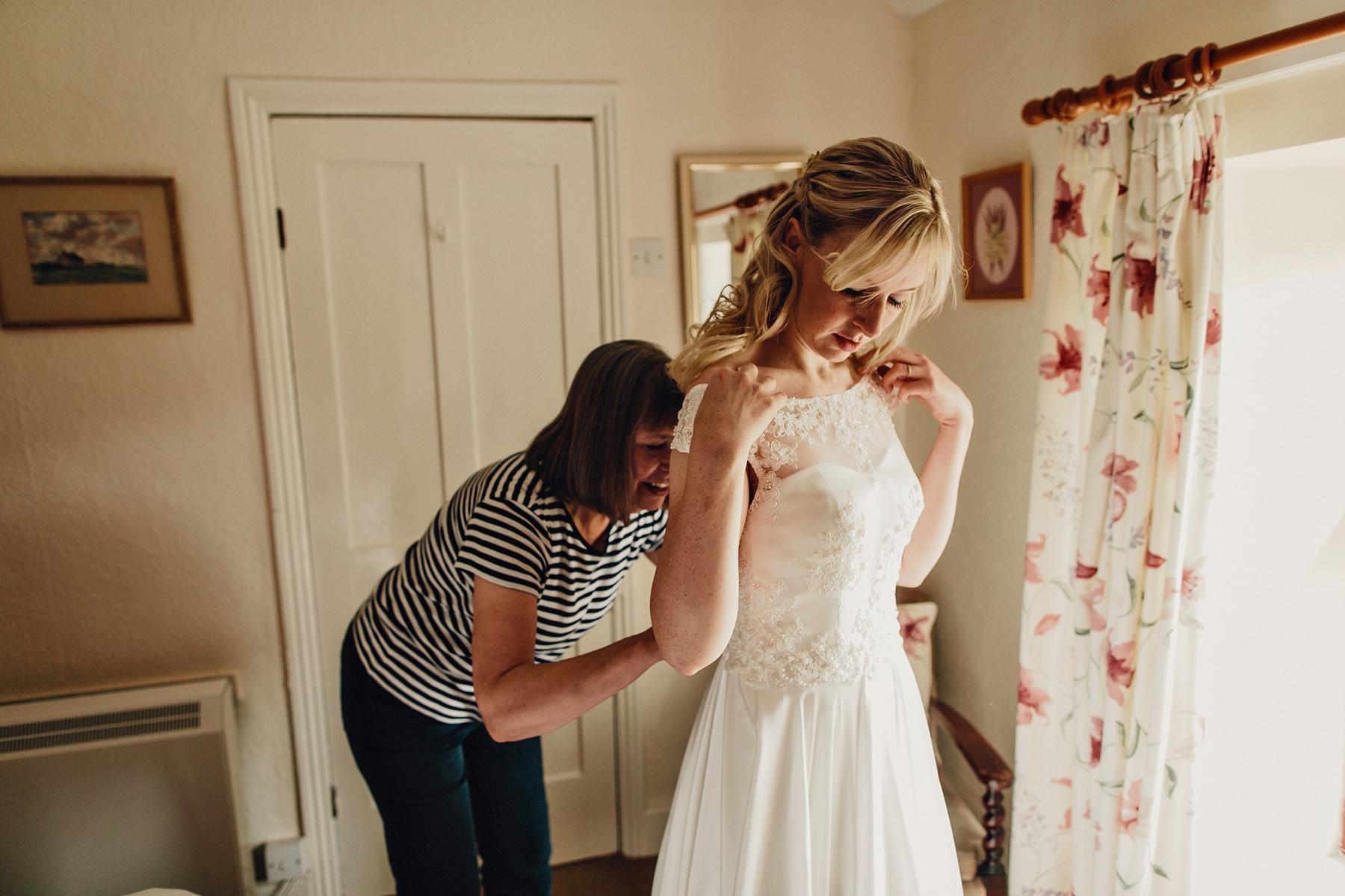 Snowdonia-Wales-Wedding-Photos-0298.jpg