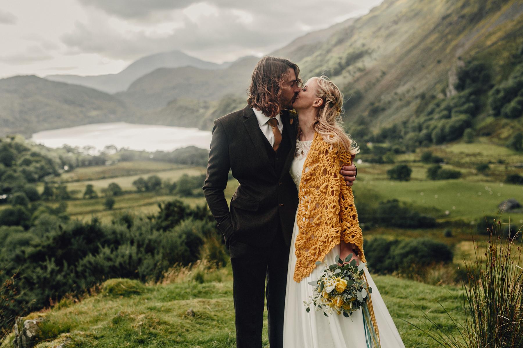 Snowdonia-Wales-Wedding-Photos-0359.jpg