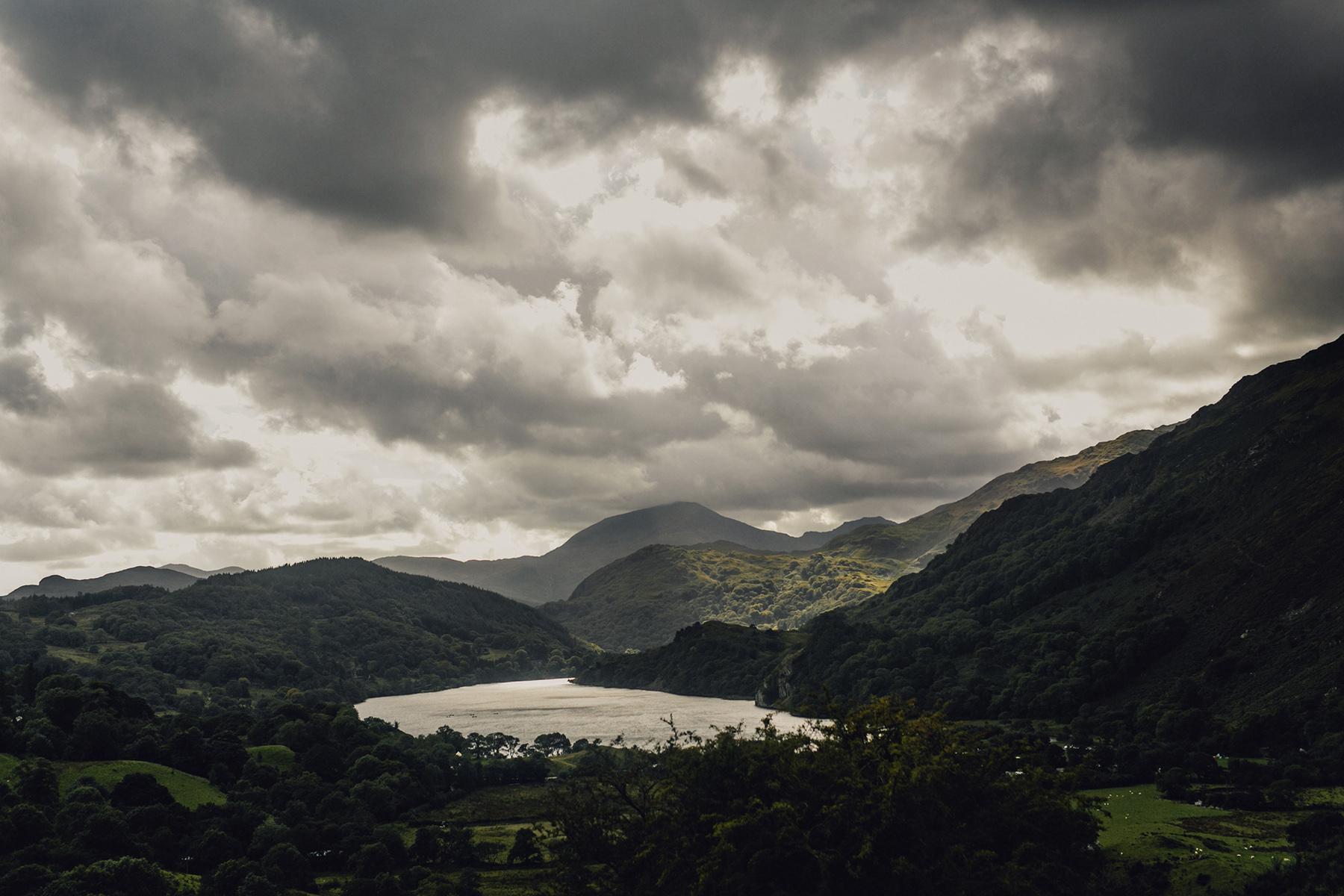Snowdonia-Wales-Wedding-Photos-0369.jpg