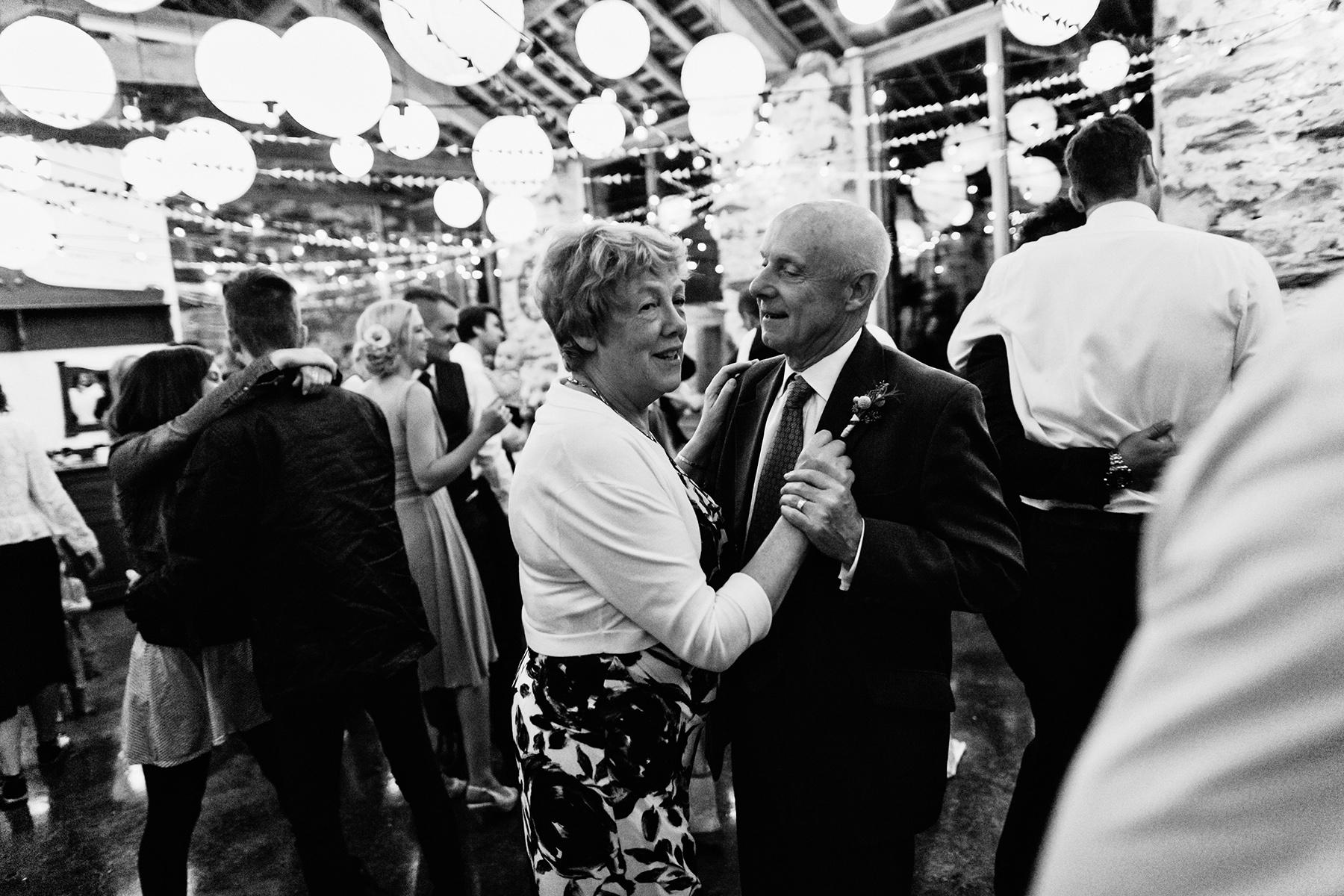 Snowdonia-Wales-Wedding-Photos-0406.jpg