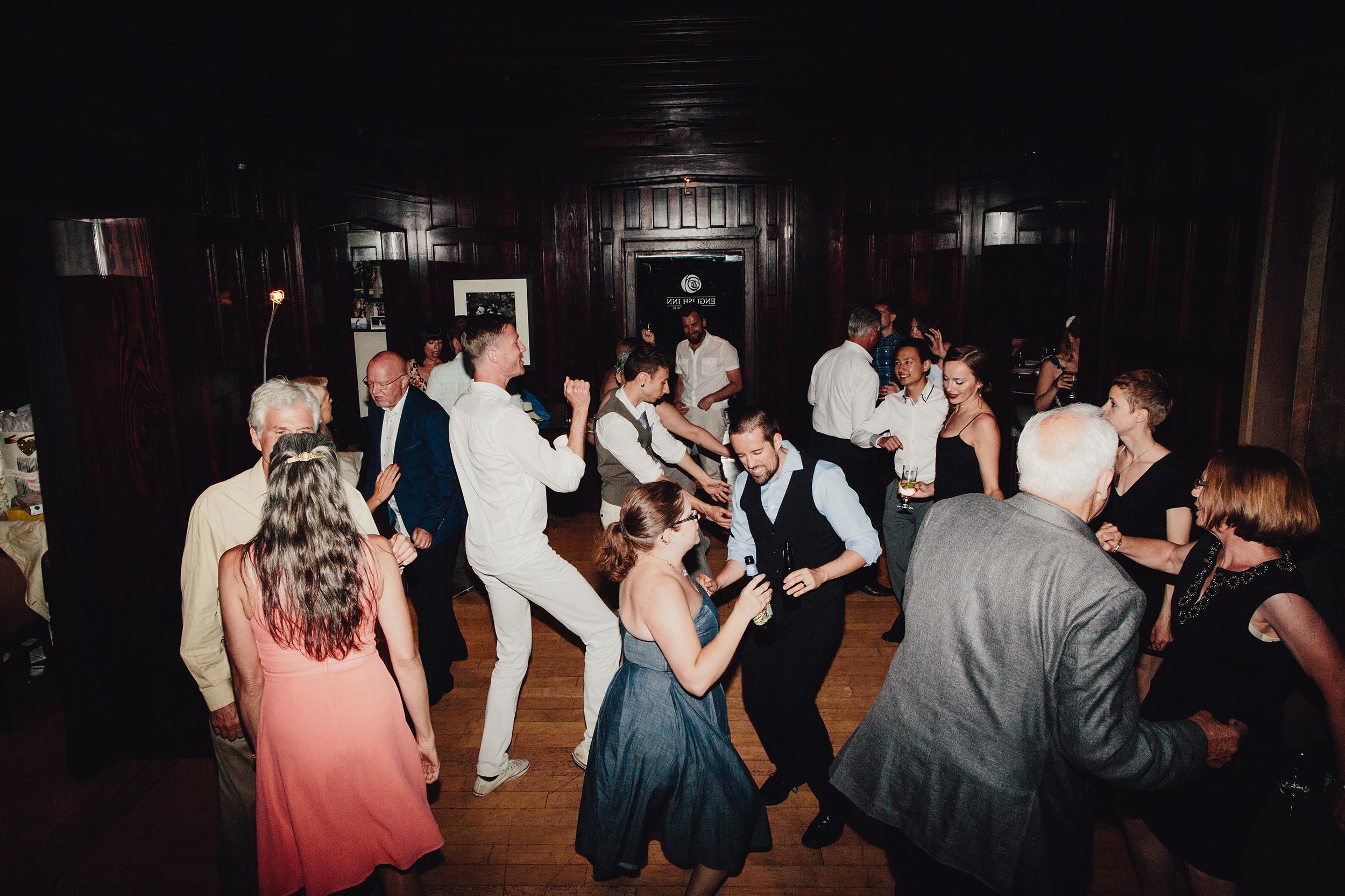 english-inn-wedding-reception-photography-0030.JPG