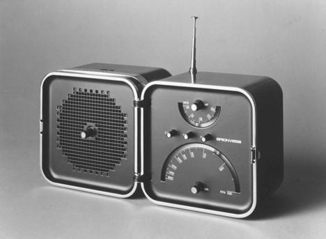 dezeen_Richard-Sapper_TS-502-radio.jpg