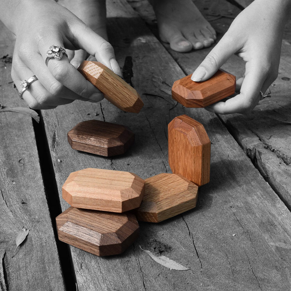 Twoodie_wooden_gems_1.jpg