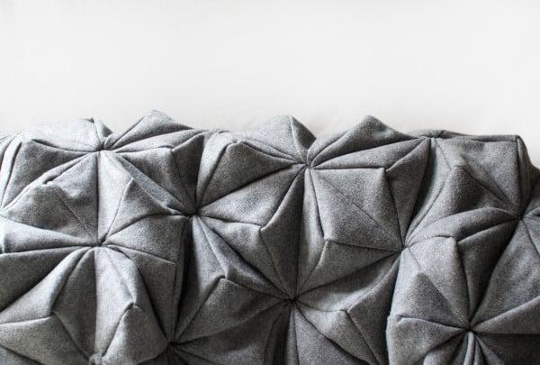 Bloom-Origami-Blanket-Bianca-Cheng-Costanzo-3-600x405.jpg