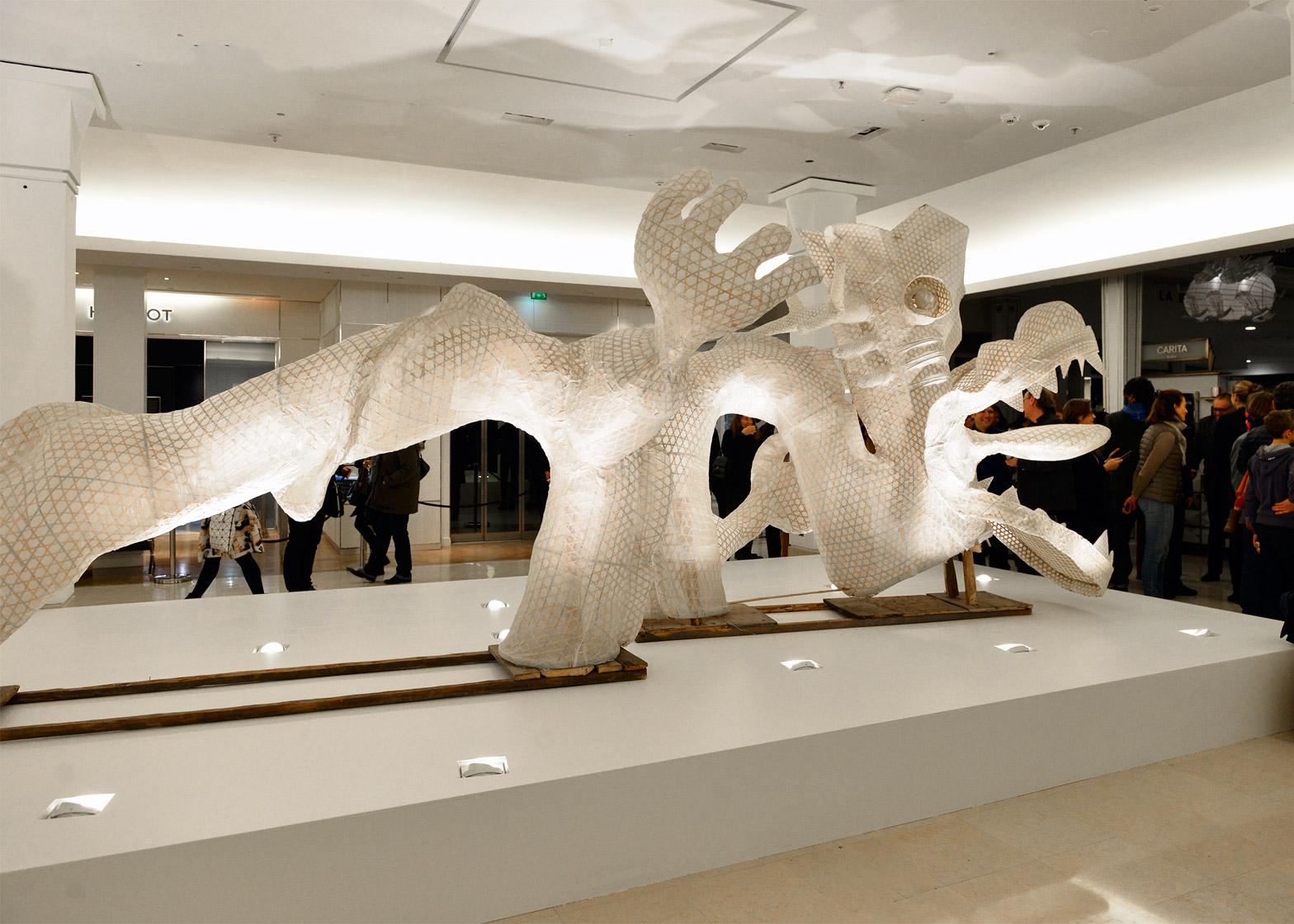 ai-wei-wei-er-xi-exhibition-le-bon-marche-2016_dezeen_1568_1.jpg