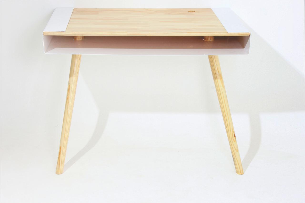 Pacco-Desk-Artur-de-Menezes-2.jpg