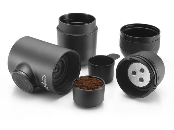 Minipresso-GR-WACACO-espresso-maker-4-600x450.jpg