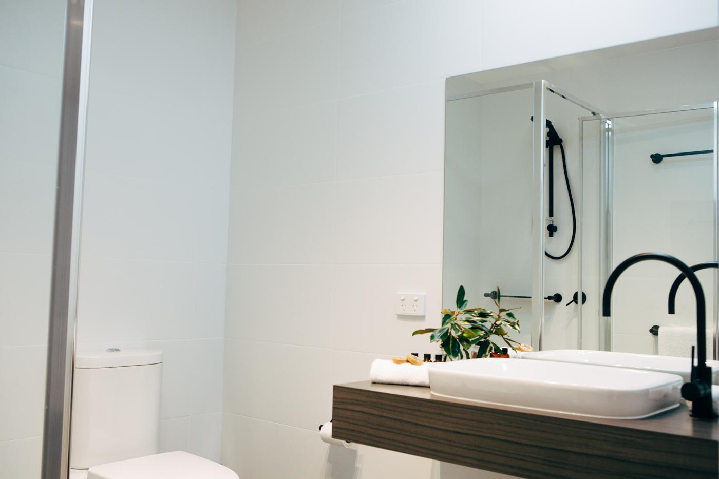 Bathrooms (1 of 6).jpg