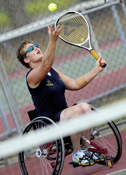 tennis2f.jpg