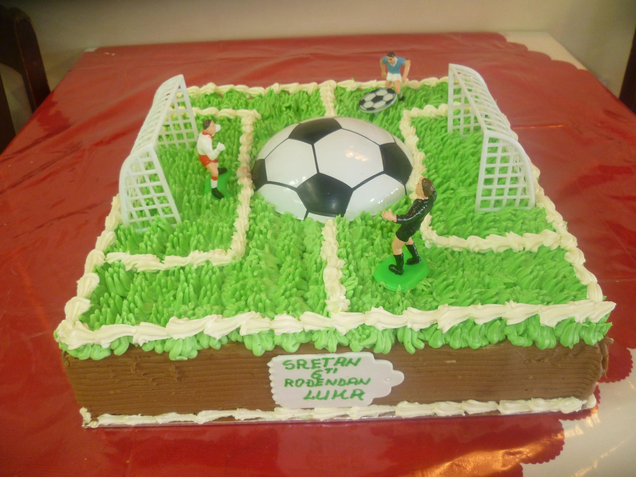 Gâteau d'anniversaire carré 12