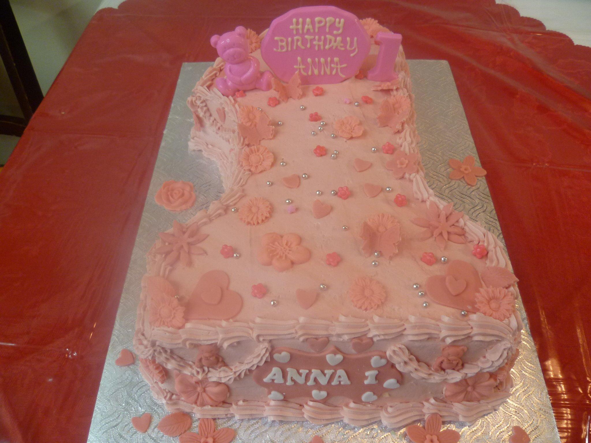 Gâteau d'anniversaire en forme de chiffre 2