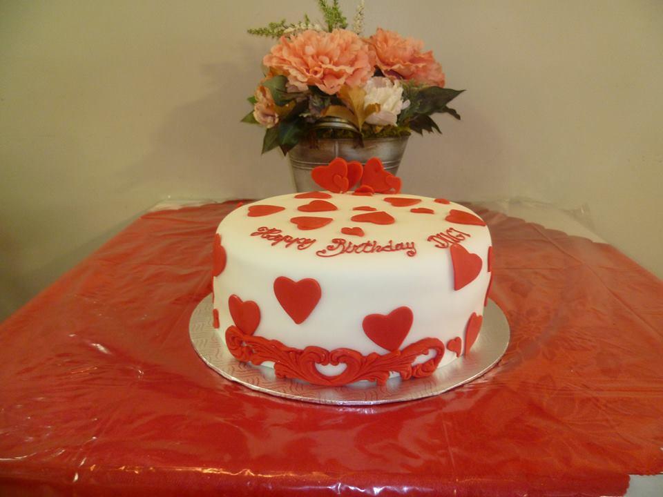 Gâteau d'anniversaire rond au fondant 02