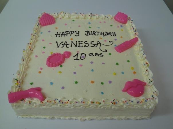 Gâteau d'anniversaire carré 13