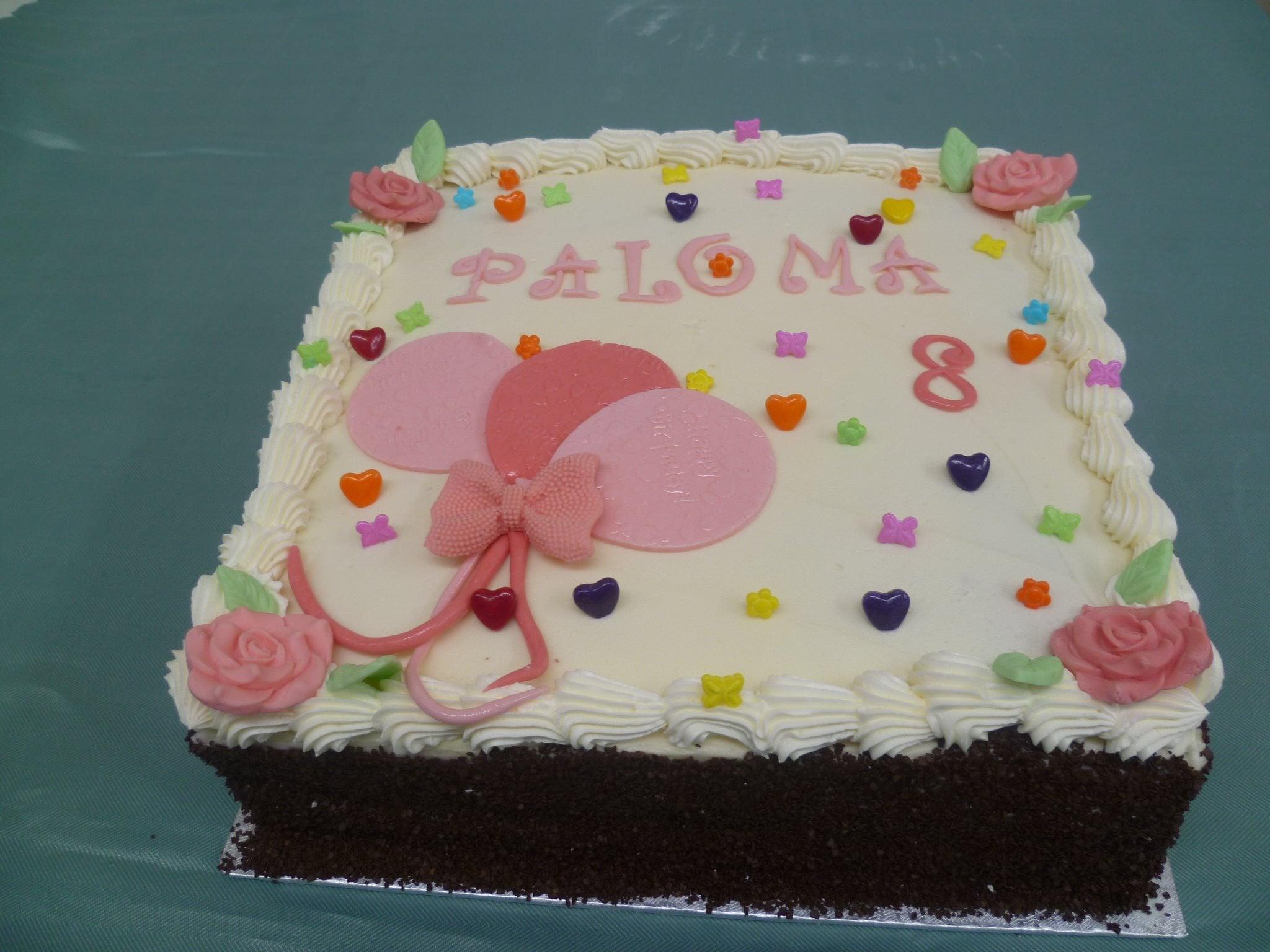 Gâteau d'anniversaire carré 03