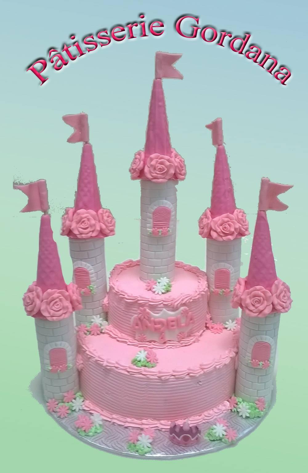 Gâteau en forme de château
