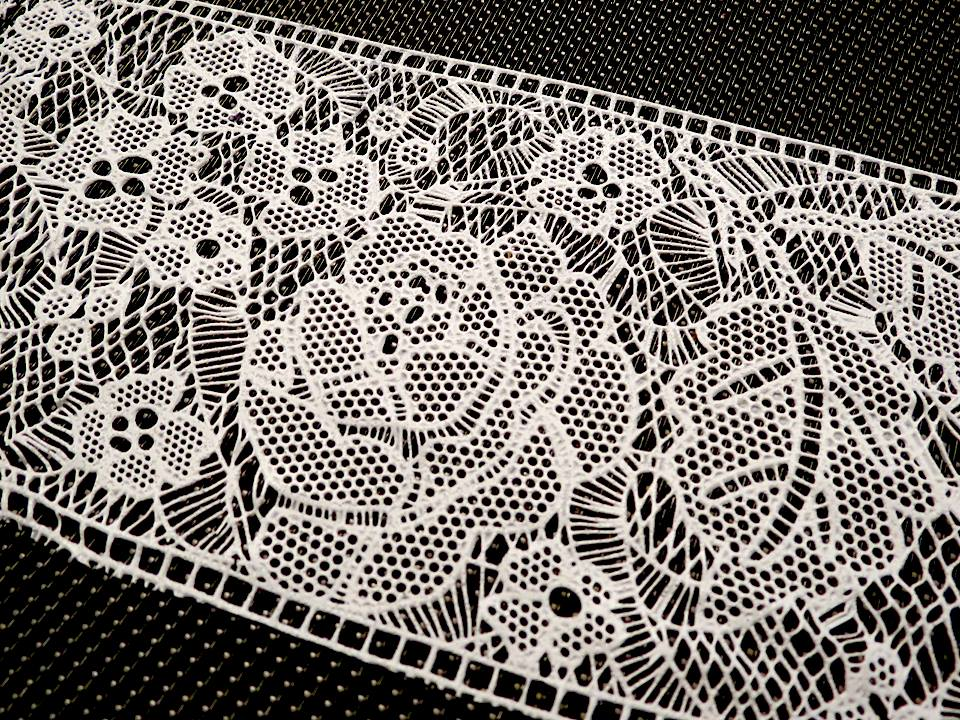 Edible lace (7).jpg