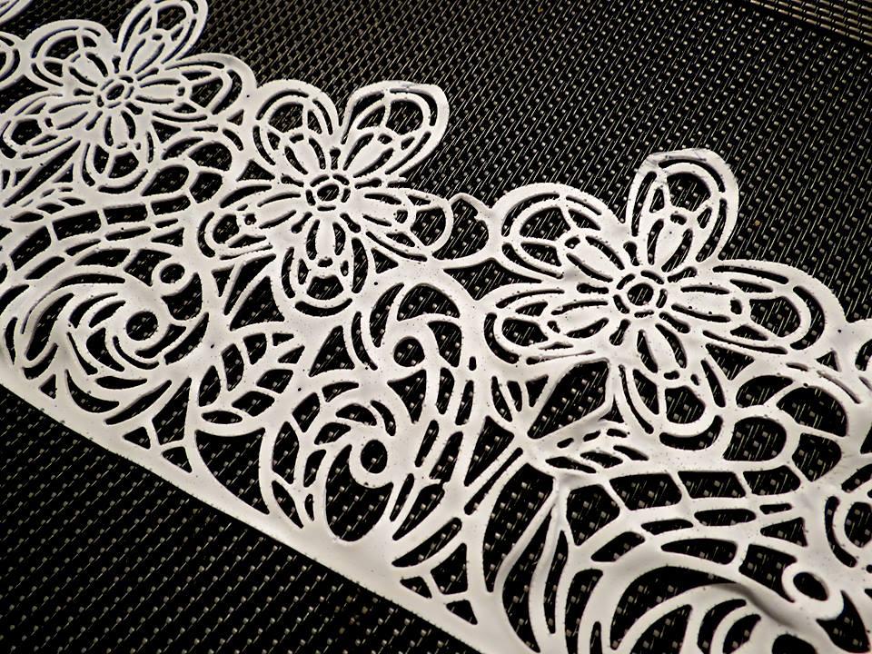 Edible lace (8).jpg
