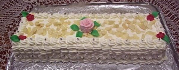 Petit gâteau classique rectangulaire