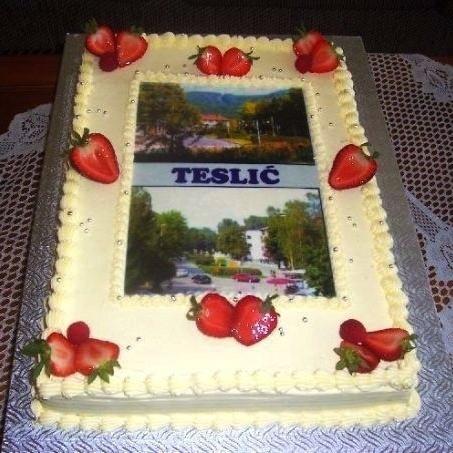 Gâteau classique rectangulaire 03