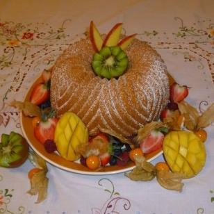 Gâteau classique avec fruits