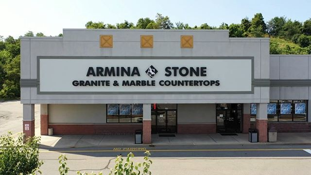 We are thrilled to be able to help spread awareness to such an awesome cause!  Steelers safety @rell_island6 is teaming up with @arminastone to give back to the children of Pittsburgh.  Mention Terrell when making a purchase at Armina Stone, and they will donate a portion of the proceeds to Terrell's family's charity organization; EBOYz.  Thanks Armina Stone for inviting us to come and document this special day!