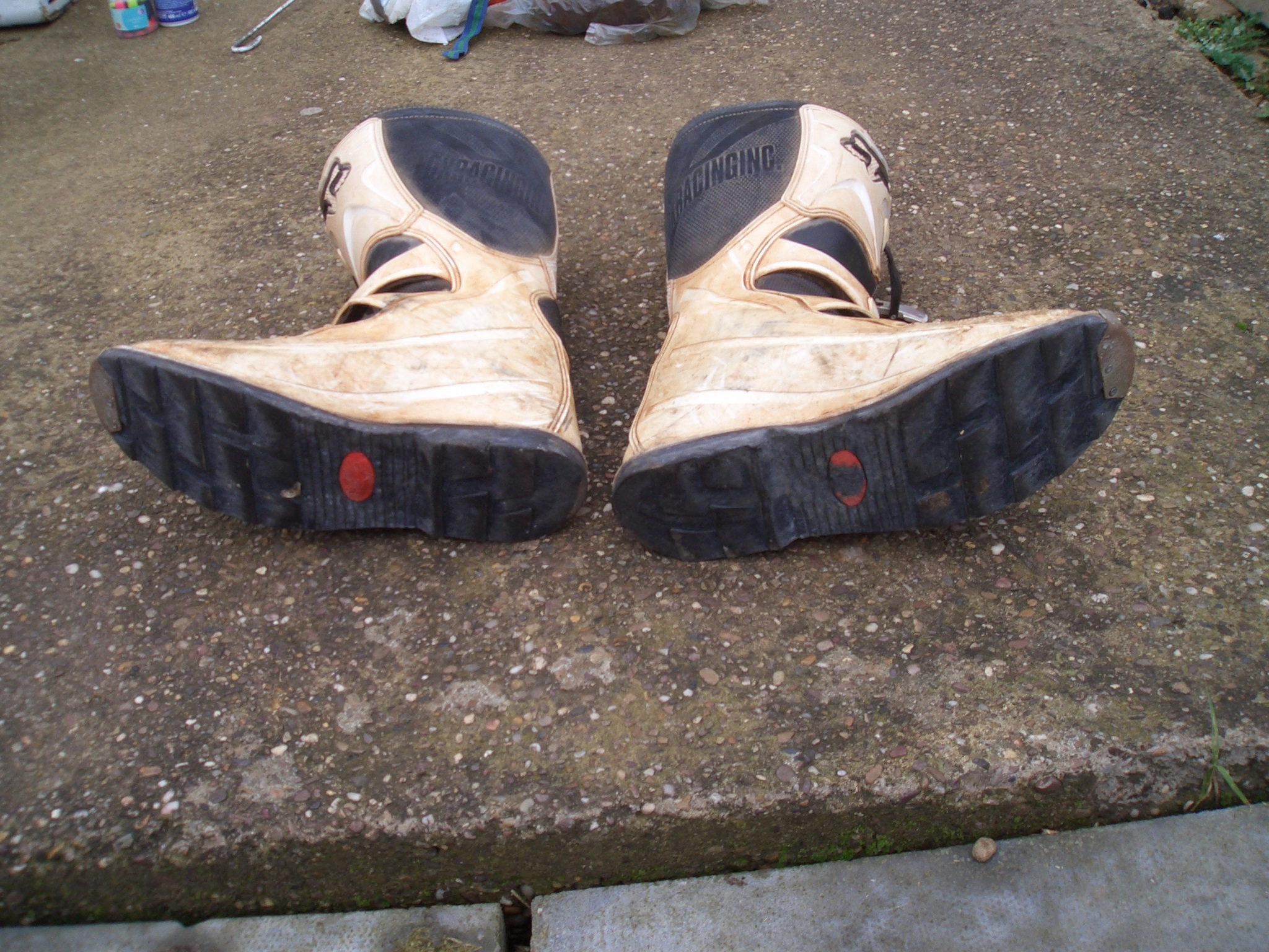 Boot soles are still in excellent condition after completing 10,000 K's in the Dakar Rally!
