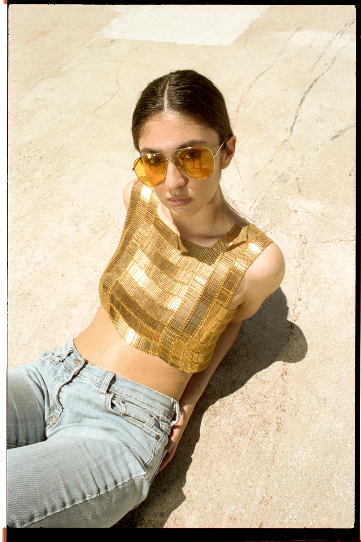 bianca-armer-gold-sheen-shawlace