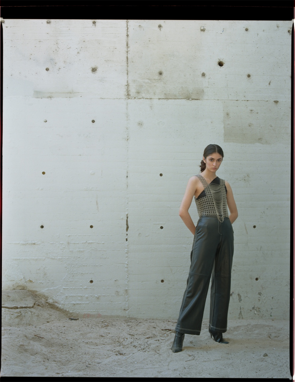 bianca-armer-swayed-shawlace-3.jpg