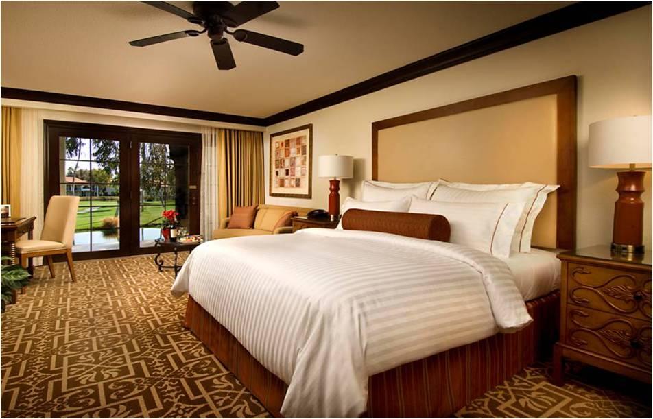 10 King Guestroom.jpg