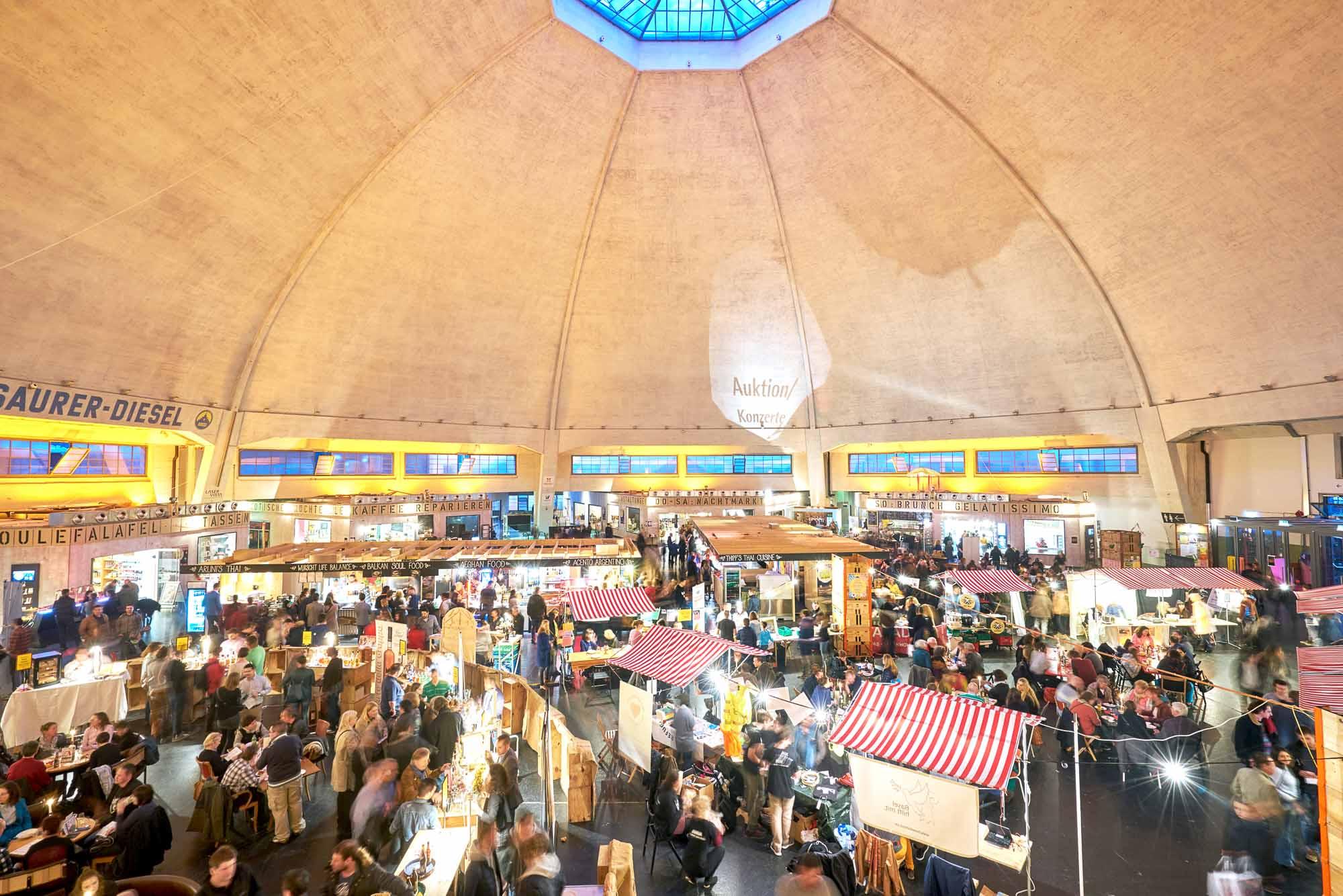 Markthalle Ob in Berlin oder Basel: die Maryon-Stiftung hilft Initiativen Begegnungsräume zu entwickeln. Hier die neue, alte Markthalle im Basler Zentrum.