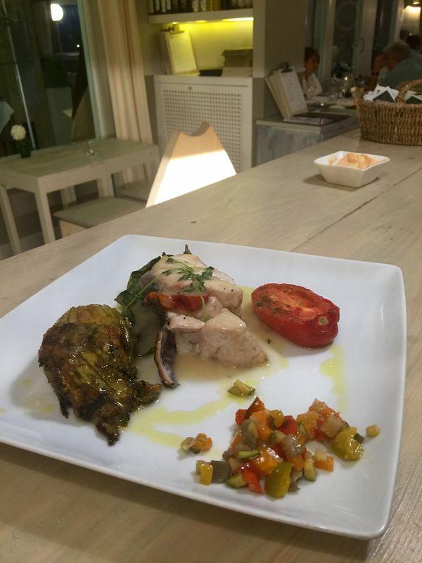 Ombrina damo con salsa allagro2.jpg