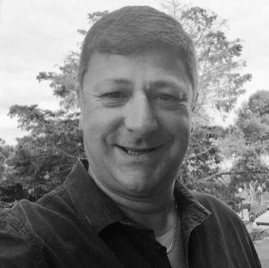 Martin Collyer  Trustee    Business e:  trustees@westwiltsvineyard.com