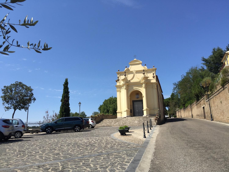 Church Madonna di Poggio in Lubriano village where d'Amico's guest house is located (Photo credit: Sumi_Sumilier)