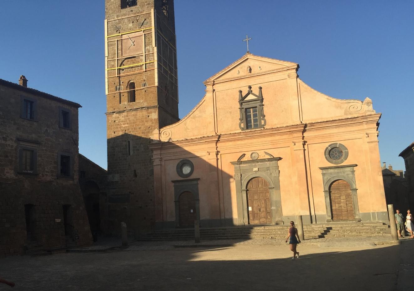 Piazza San Donato, Civita di Bagnoregio city centre (Photo credit:Sumi_Sumilier)