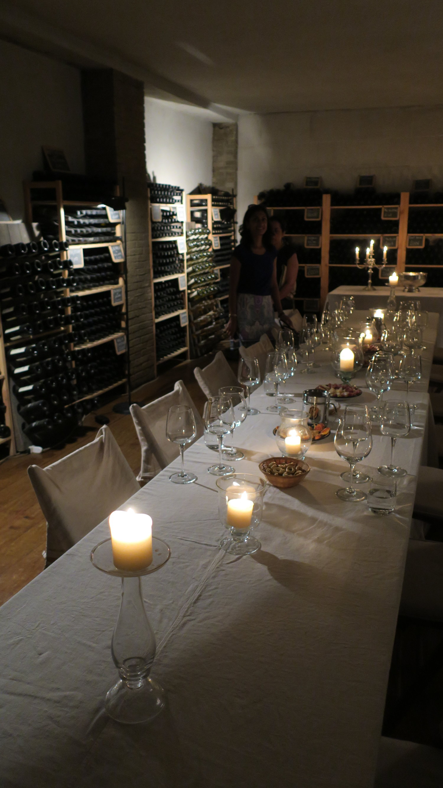 Tasting room at VIlla Tirrena (Photo credit: Sumilier)